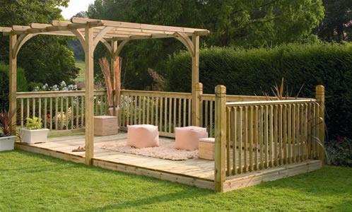 Garden decking for Garden decking images uk